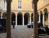 ...while others are used as garage space (The WHS palaces of Genoa): by vagabonds, Views[428]