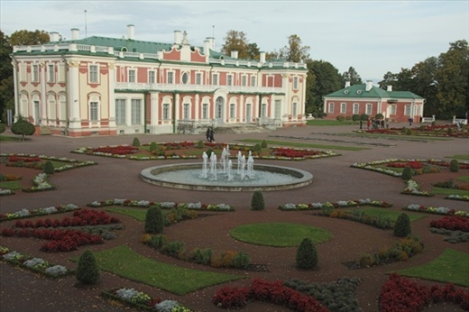 Kadroirg Palace, built by Peter the Great for Catherine the Great