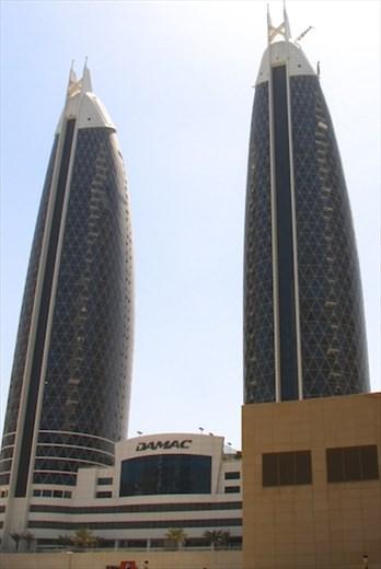 Matched set, Dubai