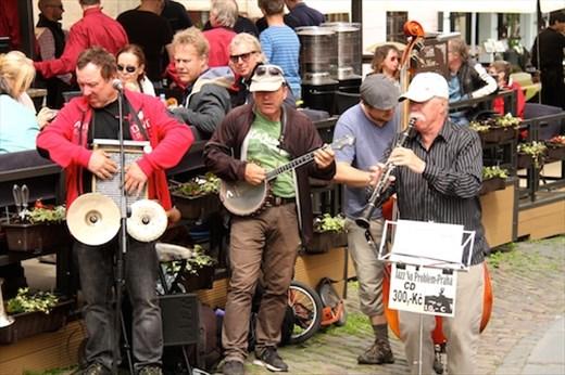 Street music, Prague
