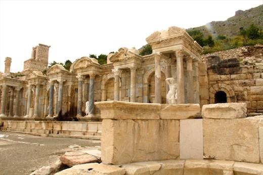 Nyphaeum, Sagalossos