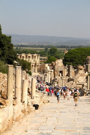Cruise ships and tour buses, Ephesus