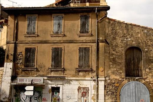 True grit, Arles