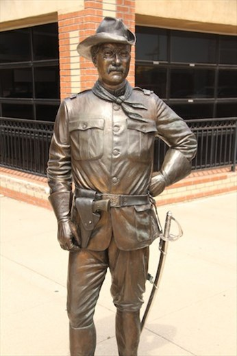 Teddy statue — one of many in Rapid City