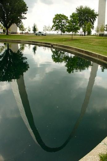 Reflection, Gateway Arch National Park