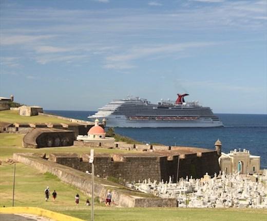 El Morro and cruise ship, Old San Juan