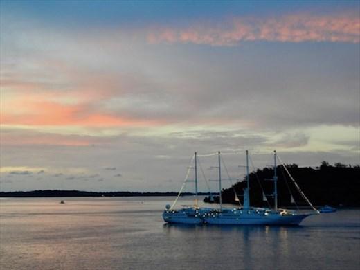 Only 25 ships visit Fakarava each year