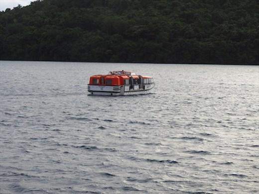 Love me Tender — ferrying to port, Tonga