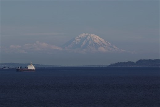 Mt. Ranier from Maasdam