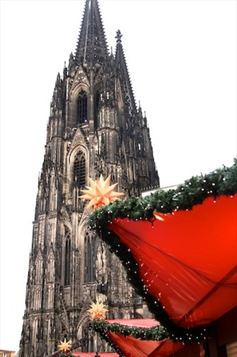 Cologne Cathedral from the Christmas Market