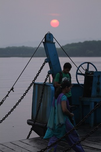 Boarding the ferry at sunrise, Salim Ali Sanctuary