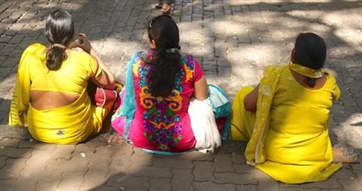 Ladies in Yellow, Mumbai