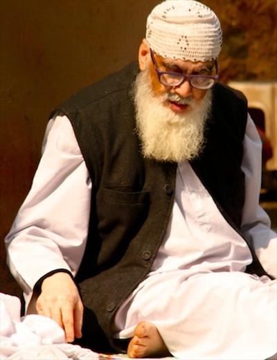 Mullah at Qtab Minar, Delhi