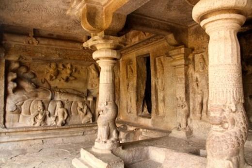 Trimurta Cave Temple, Mamallapura