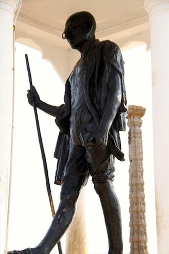 Gandhi statue, Puducherry