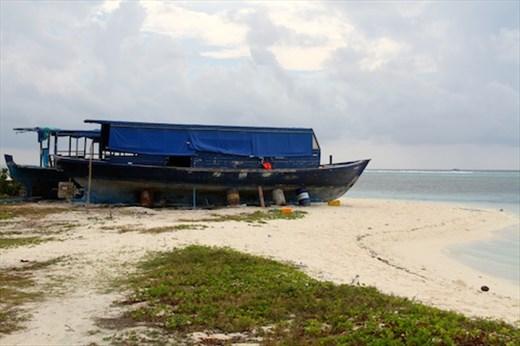 Around Maafushi