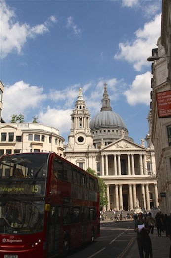 St Paul's Cathedral and double decker bus