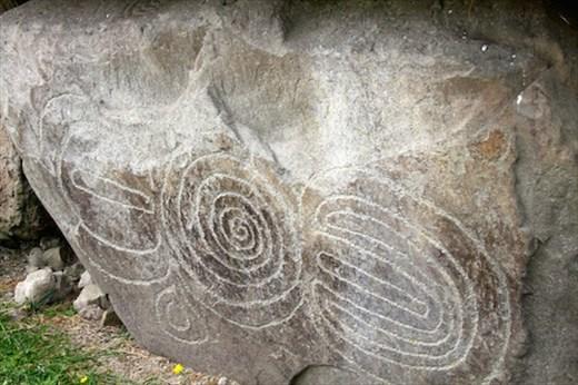 Carved kerbstones, Bru na Boinne, Knowth