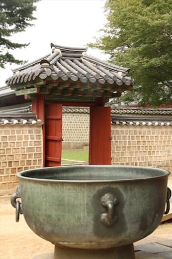 At the Jongmyo Shrine
