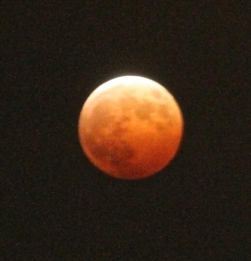 Full lunar eclipse, 8 October, Kyoto