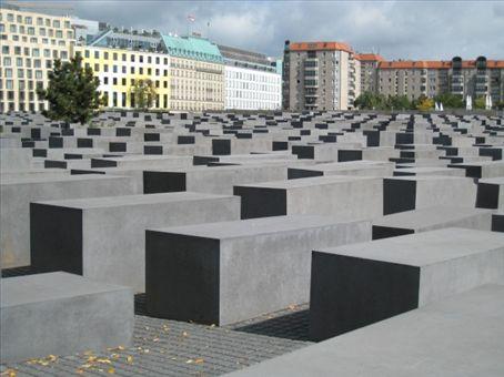 Berlins holocust memorial
