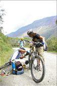 Trying to fix the faulty bike: by vietnamviking, Views[427]