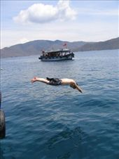 Diving from our tour boat, Nha Trang Viet Nam: by vinh, Views[252]