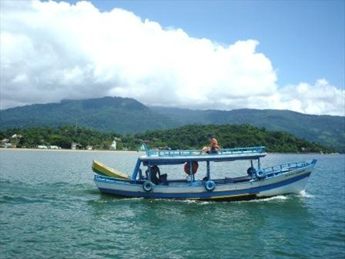 boat trip in paraty (not our boat but you get the idea)