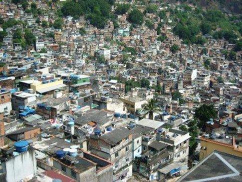 the biggest favela in rio