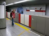 First trip on the underground Tokyo, Clean or what?!!!: by wandering-bear-nomad-mike, Views[110]