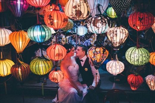 Natalie's wedding photo Mong the lanterns