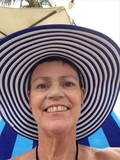 Wendy with large sun hat in Nha Trang