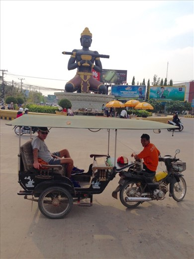 A quick city tour of Battambang in Tuk Tuk.