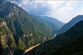 Tiger Leaping Gorge in the sunset. Only one side of the gorge is in sunlight.: by wenheng, Views[109]
