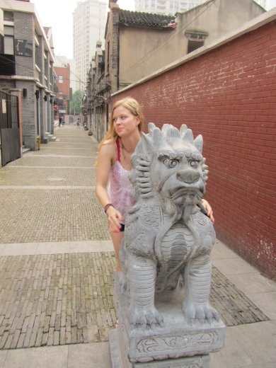 One of a few takes with the lion.