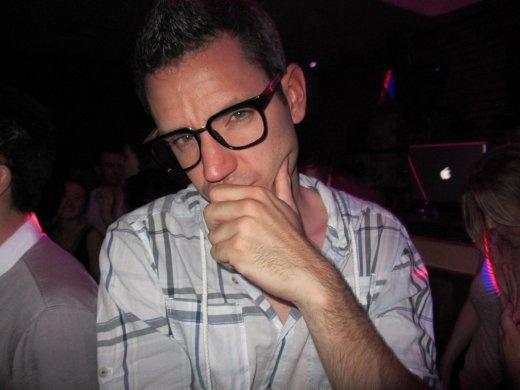 haha, Nico in glasses