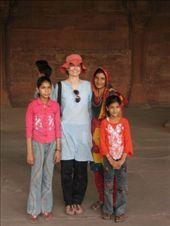 Making friends at the Red Fort, New Delhi: by will-n-raina, Views[468]