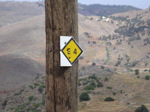 E4 path marker.