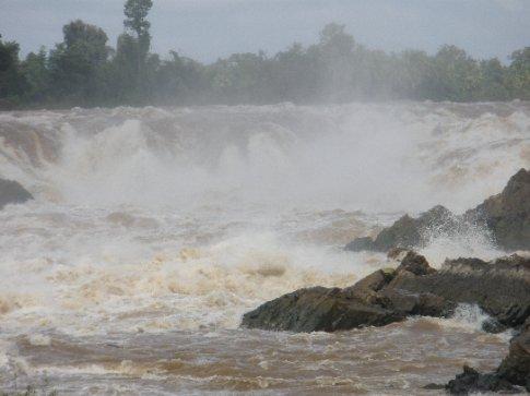 Part of teh Khong Phapheng Falls.