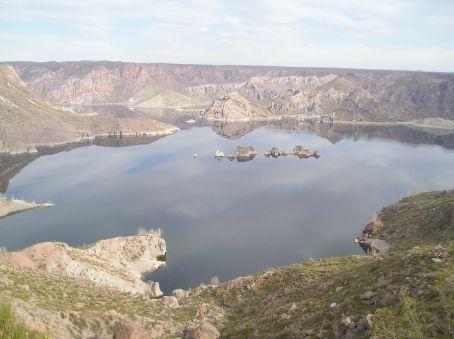 The reservoir behind the Canyon de Atuel.