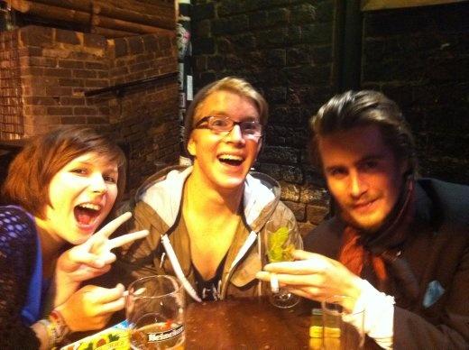 New pals Alexandra (Switzerland), Sean (California) and Didrik (Ireland).. Great company.
