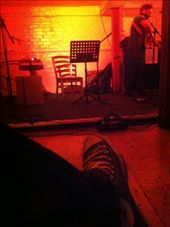 Inside The Mill, there's Luke May gigging to us. And that's my foot there. : by wilski, Views[139]