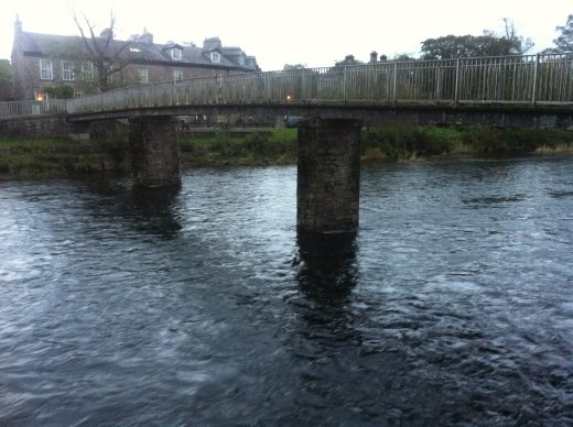 The bridge that spans the river that cuts Kendal in two. Mm. Bridge.