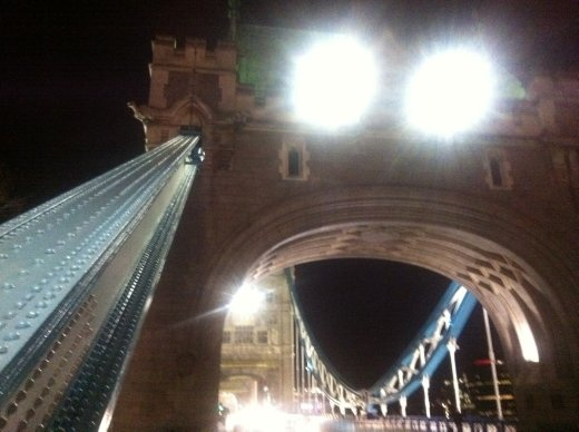 London Bridge at night, it's very impressive but wicked-cold when I was there. Jonsi! Sorry, lissnin' to the soundtrack to 'We Bought A Zoo', very impressive too. Jonsi versus London Bridge. Jonsi wins. London Bridge falls down.