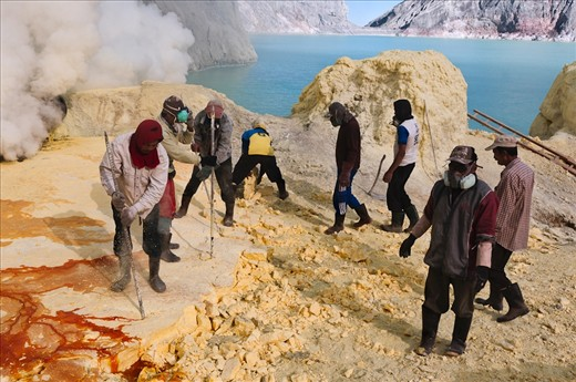 Kawah Ijen Volcano, the miners extract sulphur from the heart of the volcano, without the most basic safety equipment.