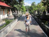 Templo budista y sombrerito: by xaviymajoindonesia, Views[173]