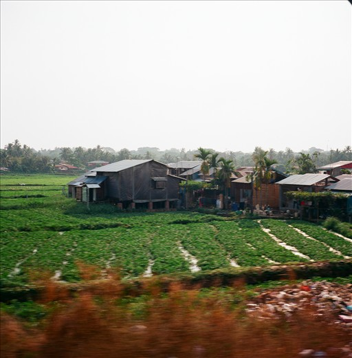 Within moments the rural lifestyle takes over. The lush landscape is dotted with everything from huts to houses, and farms to factories.