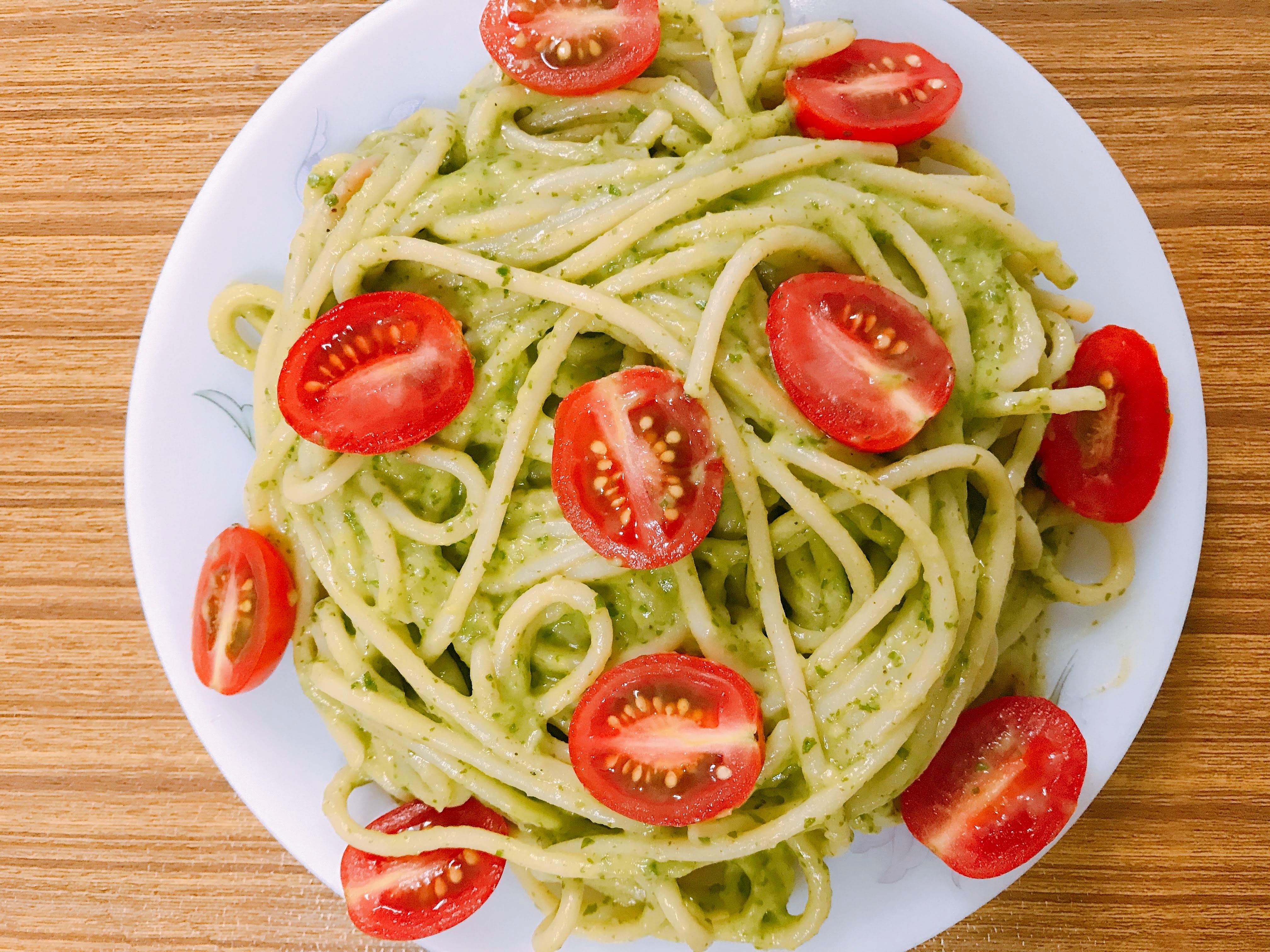 Creamy+Avocado+Spinach+Pasta+-+Your+Veg+Recipe