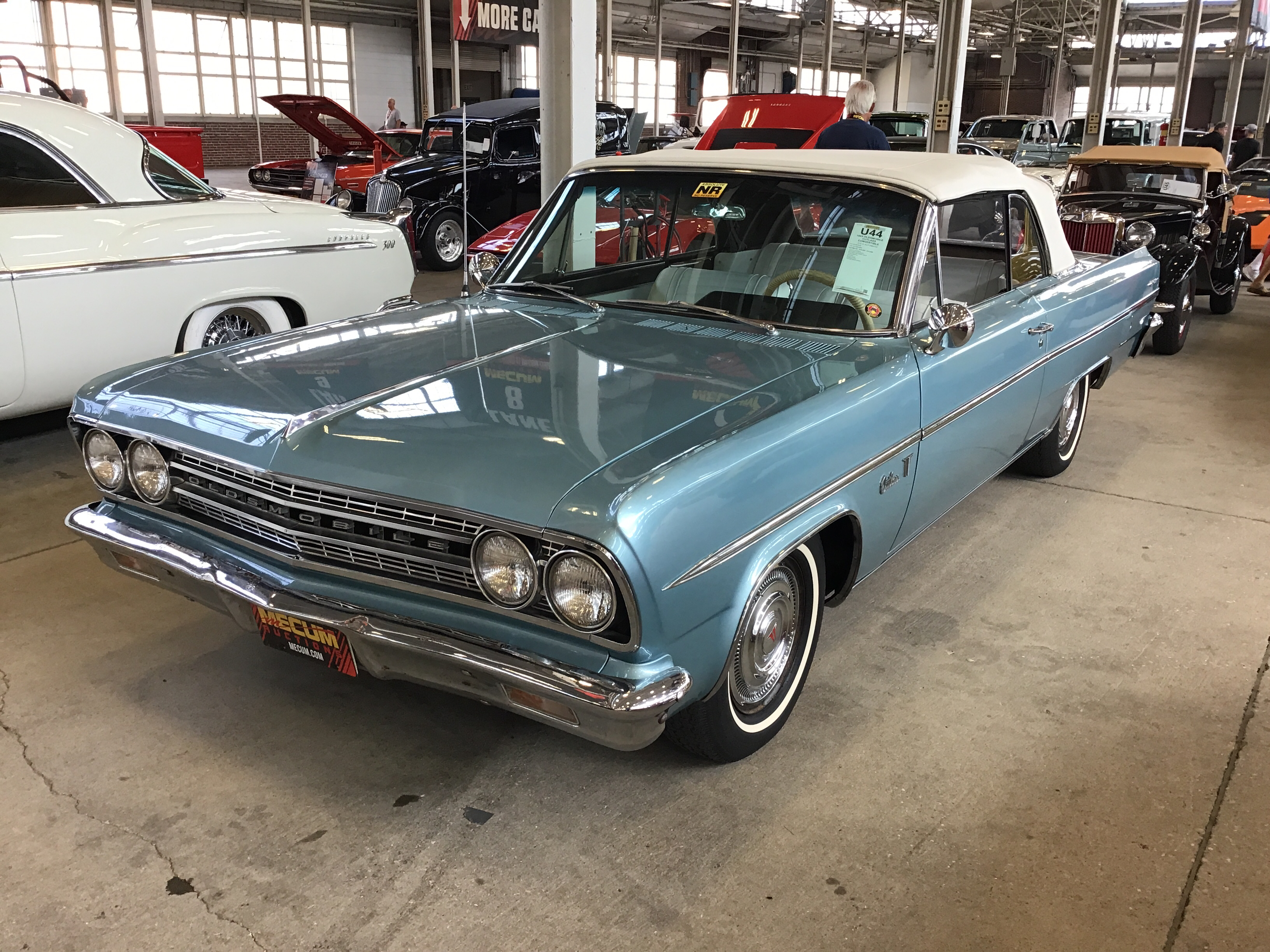 1962 Oldsmobile F-85 Values | Hagerty Valuation Tool®