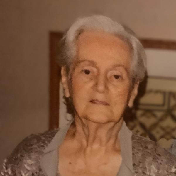 Doris  Kostu Photo